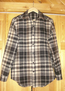 """<div class=""""source"""">Photo submitted</div><div class=""""image-desc"""">Pictured is a plaid shirt completed this month.</div><div class=""""buy-pic""""></div>"""