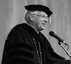 """<div class=""""source"""">Photo by SCC Communications</div><div class=""""image-desc"""">St. Catharine College President William D. Huston spoke to the crowd of well over 1,000 in attendance for the 81st commencement at the college.</div><div class=""""buy-pic""""></div>"""
