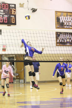 "<div class=""source"">Photo by Brandon Mattingly</div><div class=""image-desc"">Sophomore Halie Browning elevates for a kill in Thursday's win at Bardstown.</div><div class=""buy-pic""><a href=""/photo_select/12908"">Buy this photo</a></div>"