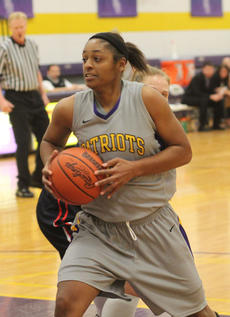 "<div class=""source"">Photo by SCC Sports Information</div><div class=""image-desc"">Janae Howard was named Mid-South Conference Player of the Week for the week of February 10-17.</div><div class=""buy-pic""></div>"