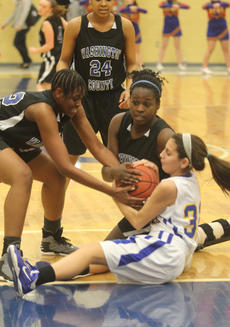"""<div class=""""source"""">Photo by Brandon Mattingly</div><div class=""""image-desc"""">Senior Kenya Turner looked for the referee's call after she and junior Jennifer Keene forced a jumpball in Friday's win at Bethlehem.</div><div class=""""buy-pic""""><a href=""""http://web2.lcni5.com/cgi-bin/c2newbuyphoto.cgi?pub=023&orig=IMG_3959.JPG"""" target=""""_new"""">Buy this photo</a></div>"""