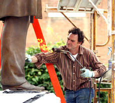 "<div class=""source"">Jeff Moreland</div><div class=""image-desc"">Carl Reichley of Frostad Atelier Foundry worked on the sculpture of Abraham Lincoln in front of the Washington County Judicial Center last week. The sculpture had developed some discoloration due to what officials believe was oil that got on it while it w</div><div class=""buy-pic""><a href=""http://web2.lcni5.com/cgi-bin/c2newbuyphoto.cgi?pub=023&orig=Lincoln-a.jpg"" target=""_new"">Buy this photo</a></div>"