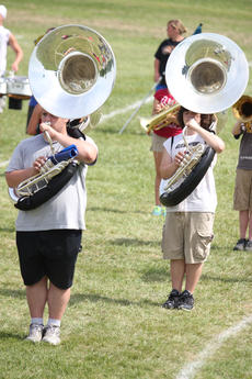 """<div class=""""source"""">Photo by Brandon Mattingly</div><div class=""""image-desc"""">Mark Grider, left, and Dylan Hilbert lined up in their starting formation.</div><div class=""""buy-pic""""><a href=""""/photo_select/14738"""">Buy this photo</a></div>"""
