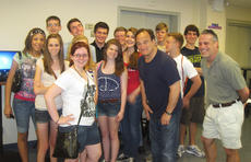 """<div class=""""source"""">courtesy of Charlotte Campbell</div><div class=""""image-desc"""">Students from the Central Kentucky Community Theatre had a chance to meet celebrities, including Jim Belushi, above, while touring New York.</div><div class=""""buy-pic""""></div>"""