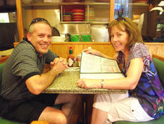 """<div class=""""source"""">courtesy of Charlotte Campbell</div><div class=""""image-desc"""">Scott and Jan Fattizzi, who oversee the Central Kentucky Community Theatre, take a break during the recent trip to New York City.</div><div class=""""buy-pic""""></div>"""