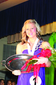 """<div class=""""source"""">Sun file photo</div><div class=""""image-desc"""">Beth Purdom will compete in the Distinguished Young Woman of Kentucky competition on Jan. 11-12 at the Singletary Center for the Arts in Lexington.</div><div class=""""buy-pic""""></div>"""