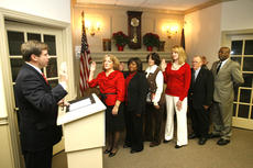 """<div class=""""source"""">Jesse Osbourne</div><div class=""""image-desc"""">Judge Dan Kelly was on hand Monday night to lead the swearing-in ceremony for Springfield City Council members. From left to right are Lisa Haydon, Debbie Wakefield, Carolyn Hardin, Brooke Coulter, John Hardin and Willie Ellery. </div><div class=""""buy-pic""""><a href=""""http://web2.lcni5.com/cgi-bin/c2newbuyphoto.cgi?pub=023&orig=city%2Bcouncil.jpg"""" target=""""_new"""">Buy this photo</a></div>"""