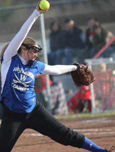 """<div class=""""source"""">Photo by John Overby</div><div class=""""image-desc"""">WC senior Hannah Coulter only gave up two hits and struck out three batters in the team's 2-1 loss to North Hardin in Florida this past Monday.</div><div class=""""buy-pic""""><a href=""""/photo_select/16080"""">Buy this photo</a></div>"""
