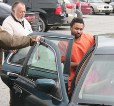 "<div class=""source"">Jeff Moreland</div><div class=""image-desc"">Ledrick Shontay Edwards appeared in Washington County District Court in 2008. Edwards entered a guilty plea Friday, March 19, to charges he robbed the Springfield State Bank branch on Bardstown Road on Friday, Nov. 7, 2008.</div><div class=""buy-pic""><a href=""/photo_select/3589"">Buy this photo</a></div>"