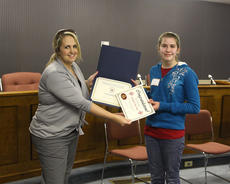 "<div class=""source"">Jeff Moreland</div><div class=""image-desc"">Erin Taylor, right, was presented a certificate by Superintendent of Washington County Schools Robin Cochran for winning the district-wide spelling bee. Taylor also received a savings bond from Springfield State Bank.