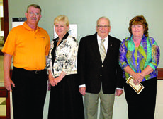 """<div class=""""source"""">Jimmie Earls</div><div class=""""image-desc"""">Ronald and Rita Springfield of Vonore, Tenn., recently visited with Mayor John W. Cecconi and Nell Haydon on their quest to visit every town named Springfield in the United States.</div><div class=""""buy-pic""""><a href=""""/photo_select/6385"""">Buy this photo</a></div>"""
