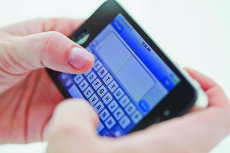 """<div class=""""source""""></div><div class=""""image-desc"""">Bluegrass Cellular now offers texting-only plans for customers who are hearing impaired.</div><div class=""""buy-pic""""></div>"""
