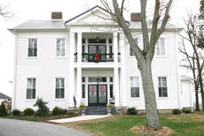 """<div class=""""source"""">Jesse Osbourne</div><div class=""""image-desc"""">The Mayes-Arnold House was built by John Hardin in 1843. It is currently owned by Ben and Susan Breeding. </div><div class=""""buy-pic""""><a href=""""http://web2.lcni5.com/cgi-bin/c2newbuyphoto.cgi?pub=023&orig=tour1.jpg"""" target=""""_new"""">Buy this photo</a></div>"""