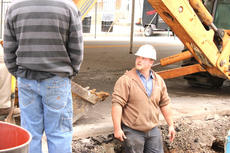 "<div class=""source"">Renee Webb</div><div class=""image-desc"">Brandon Bartley, with the Springfield Water Company, examined a water main break on Sept. 30.</div><div class=""buy-pic""><a href=""http://web2.lcni5.com/cgi-bin/c2newbuyphoto.cgi?pub=023&orig=water%2Bline%2Bbreak.jpg"" target=""_new"">Buy this photo</a></div>"
