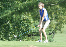 """<div class=""""source"""">Jimmie Earls</div><div class=""""image-desc"""">WC junior Emily Cecconi lines up her tee shot on the 17th hole at Lincoln Homestead Golf Course Monday afternoon.</div><div class=""""buy-pic""""><a href=""""http://web2.lcni5.com/cgi-bin/c2newbuyphoto.cgi?pub=023&orig=web-cecconi.jpg"""" target=""""_new"""">Buy this photo</a></div>"""