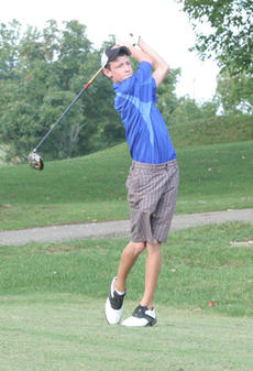 """<div class=""""source"""">Jimmie Earls</div><div class=""""image-desc"""">Washington County sophomore Payton Carrico watches his drive from the fifth tee last Tuesday at Lincoln Homestead Golf Course.</div><div class=""""buy-pic""""><a href=""""http://web2.lcni5.com/cgi-bin/c2newbuyphoto.cgi?pub=023&orig=web-wcgolf-carrico.jpg"""" target=""""_new"""">Buy this photo</a></div>"""