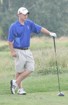 """<div class=""""source"""">Jimmie Earls</div><div class=""""image-desc"""">WC junior Chris Spalding waits to tee off on the second hole at Lincoln Homestead Golf Course in match play against Burgin and Anderson County.</div><div class=""""buy-pic""""><a href=""""http://web2.lcni5.com/cgi-bin/c2newbuyphoto.cgi?pub=023&orig=web-wcgolf-spalding.jpg"""" target=""""_new"""">Buy this photo</a></div>"""