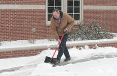 "<div class=""source"">Jimmie Earls</div><div class=""image-desc"">Ricky Edelen, maintenance supervisor for the Washington County Judicial Center, clears the sidewalks in front of the center as several inches of snow fell Thursday, forcing county schools to cancel classes for Friday.</div><div class=""buy-pic""><a href=""/photo_select/3880"">Buy this photo</a></div>"