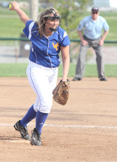 """<div class=""""source"""">Sun File Photo</div><div class=""""image-desc"""">WC senior Hannah Coulter (pictured in a game from last season) picked up two wins over the weekend. Against John Hardin, she struck out eight batters and walked three.</div><div class=""""buy-pic""""><a href=""""/photo_select/16007"""">Buy this photo</a></div>"""