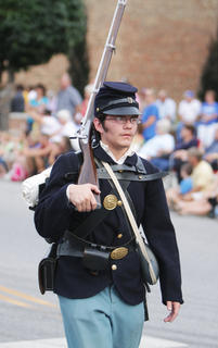 Washington County High School student Benji Gaona represented the 24th Kentucky U.S. Infantry, which was based in Bardstown. The 24th Kentucky U.S. Infantry was at the Battle of Perryville.