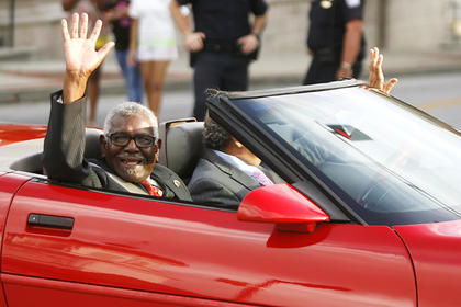 Obie Slater, a former grand marshal, was in the town for the festival on Friday.