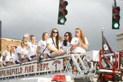 The St. Catharine College volleyball team waved to the crowd.