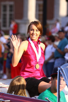 """<div class=""""source"""">Jeff Moreland</div><div class=""""image-desc"""">Josette Taylor, Washington County's 2010 Junior Miss, waved to fans during Friday's Independence Day in downtown Springfield.</div><div class=""""buy-pic""""><a href=""""/photo_select/2070"""">Buy this photo</a></div>"""