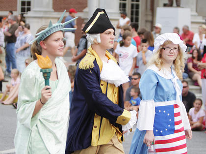 Central Kentucky Community Theatre students were active in the parade as Erica Walker of Springfield portrayed The Statue of Liberty, while Trevor Fitzpatrick and Hattye Clark of Lebanon portrayed George Washington and Betsy Ross.