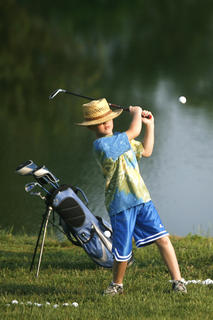 Blake Arnold worked on his short game during the golf clinic at Lincoln Homestead State Park Golf Course last week.