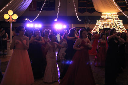 The mood was made just right for students to cut a rug on the dance floor.
