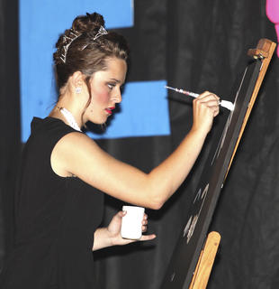 Shelby White's talent was speed painting.